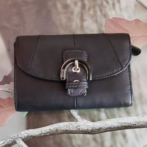 Medium leather trifold Coach wallet with buckle